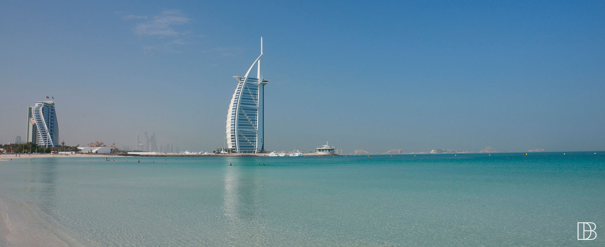 Dubai beach guide public beaches private beach clubs for Best at dubai